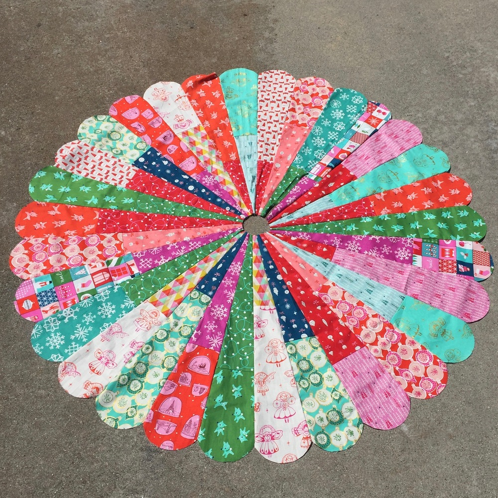 """Giant Dresden Christmas Tree Skirt - finished """"quilt top"""""""