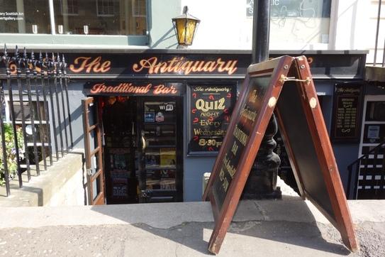 Stockbridge Local - Bar