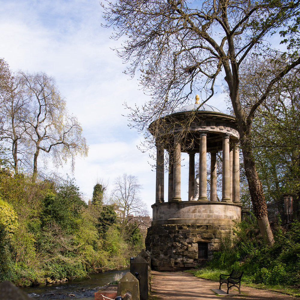 St Bernard's Well, by Martin Stewart