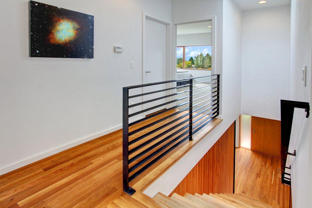 Upstairs Hall - SE.jpg