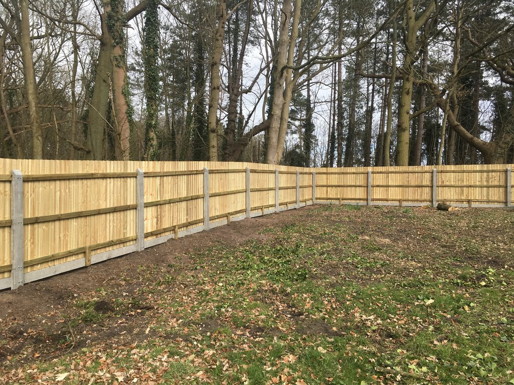 Close board fencing is versatile and makes cornering a doddle