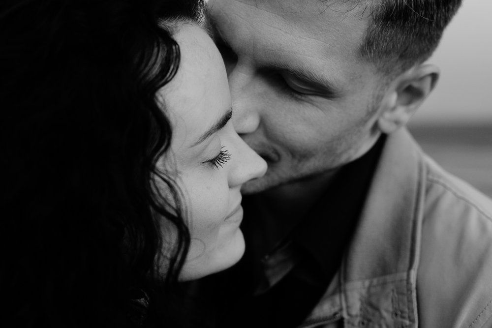 Black & White Kiss on the cheek - Intimate couple shoot at Wirral Counrty Park