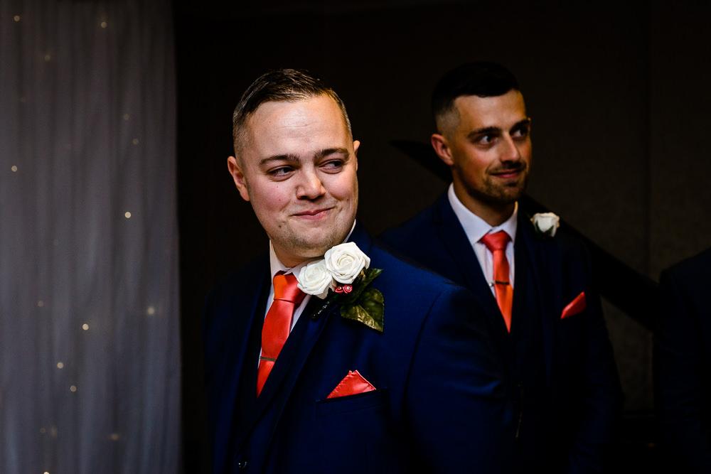 Cheryl-Rob-Marriot-Worsley-Wedding-Photographer-14.jpg