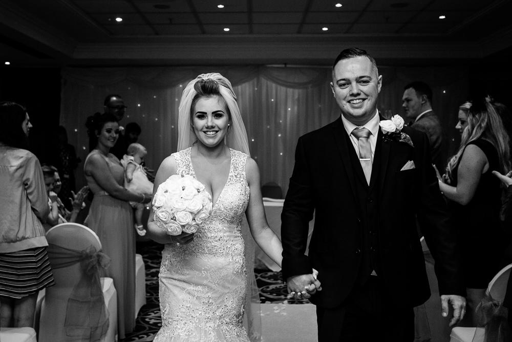 Cheryl-Rob-Marriot-Worsley-Wedding-Photographer-21.jpg