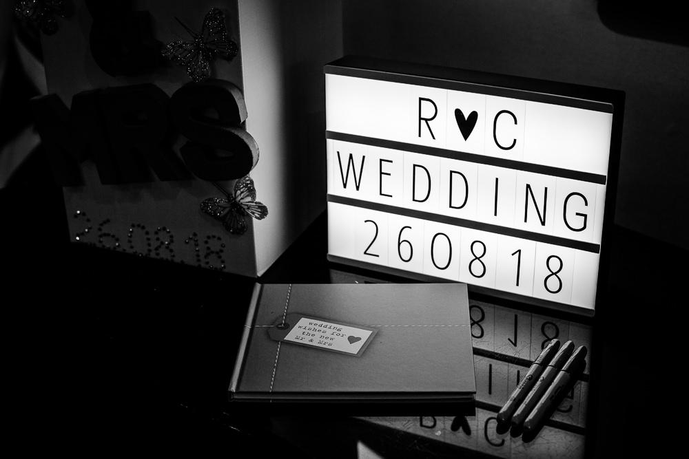 Cheryl-Rob-Marriot-Worsley-Wedding-Photographer-22.jpg
