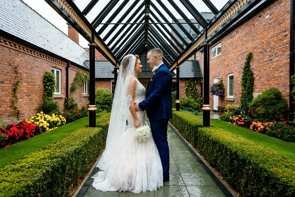 Cheryl & Rob outside the Marriott, Worsley Wedding Photographers