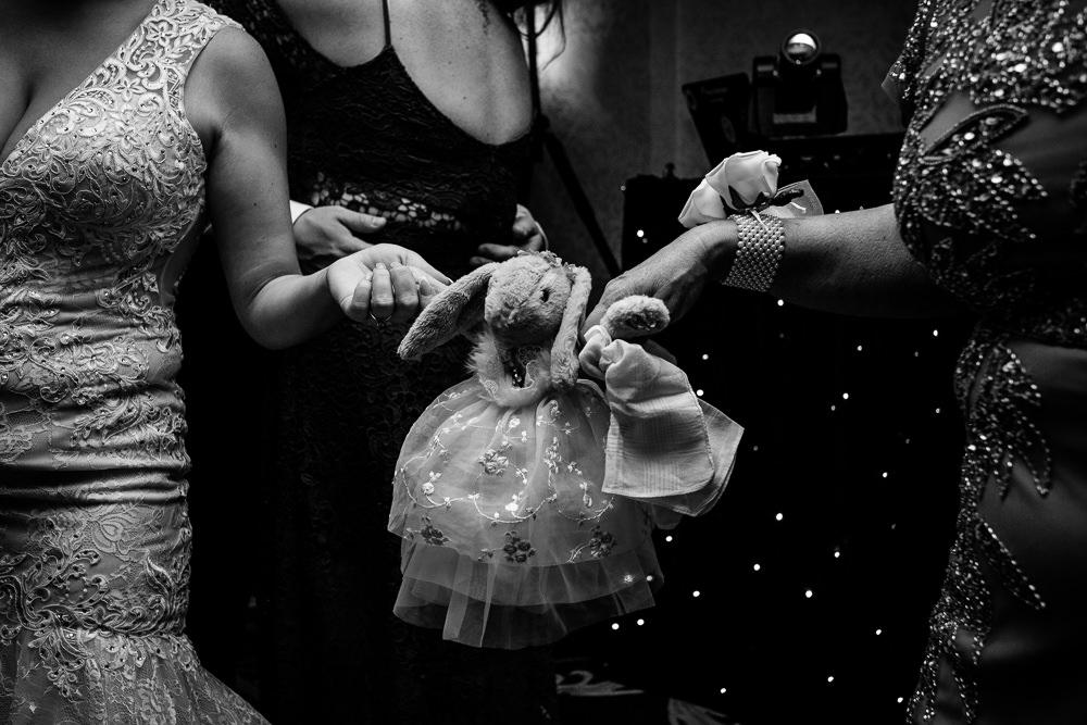 Cheryl-Rob-Marriot-Worsley-Wedding-Photographer-56.jpg
