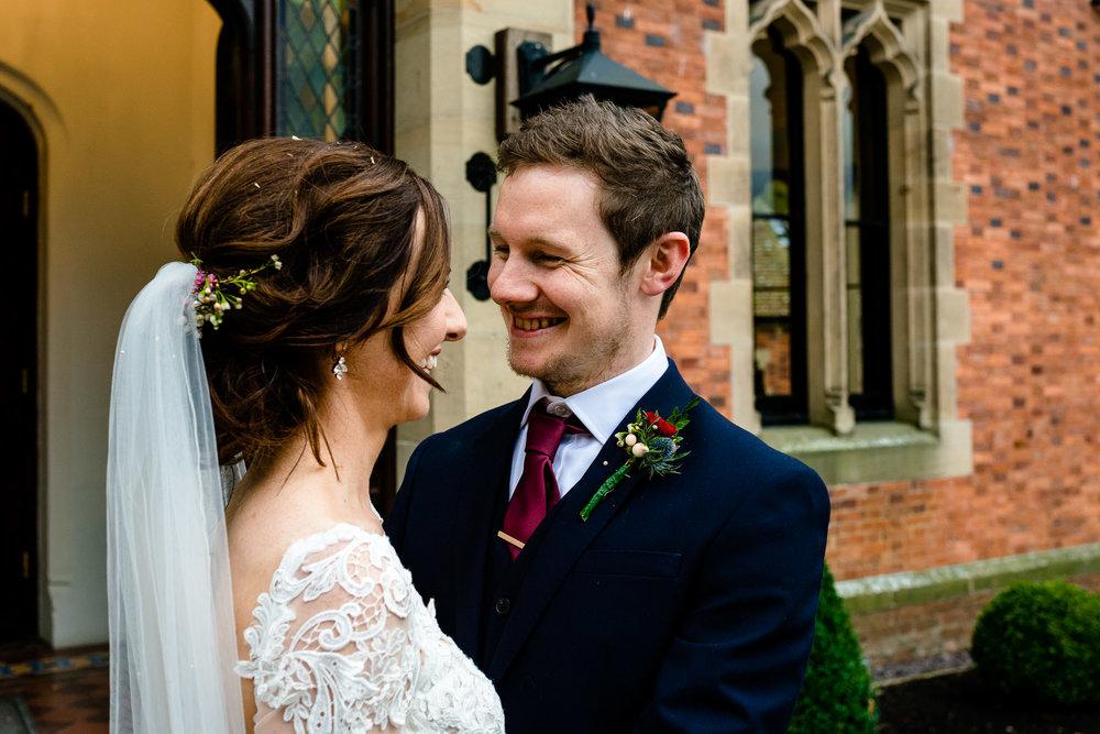tyn-dwr-hall-wedding-nicola-dave-41.jpg