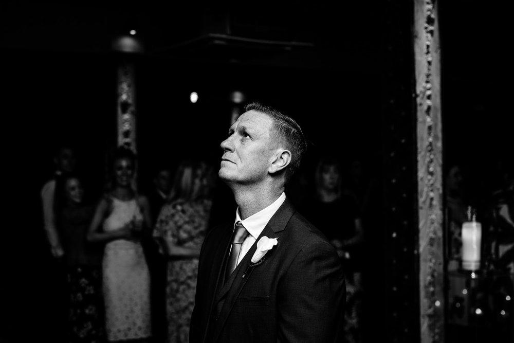 victoria-warehouse-wedding-photographer-029.jpg