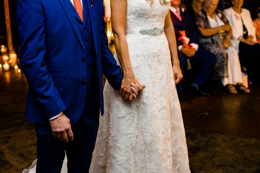 victoria-warehouse-wedding-photographer-033.jpg