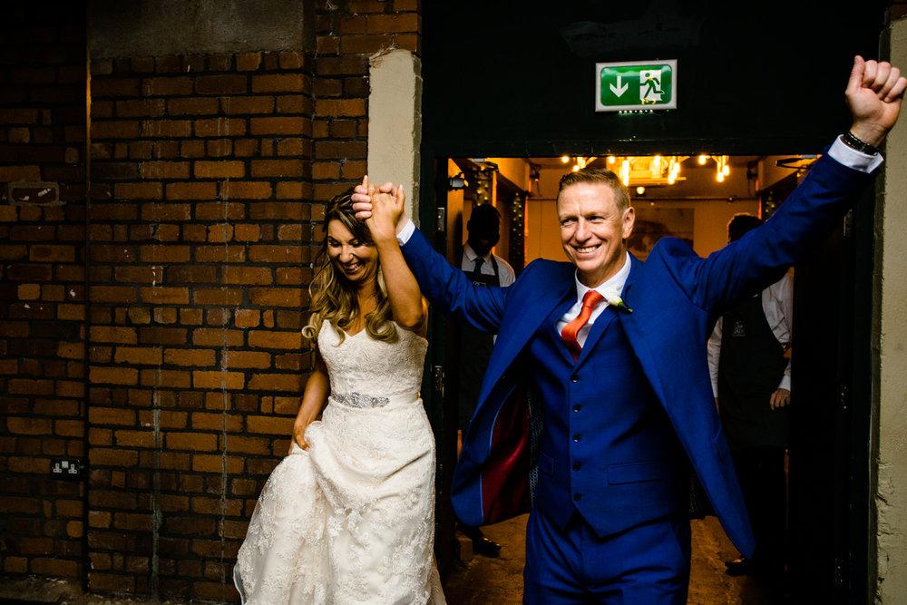 victoria-warehouse-wedding-photographer-064.jpg