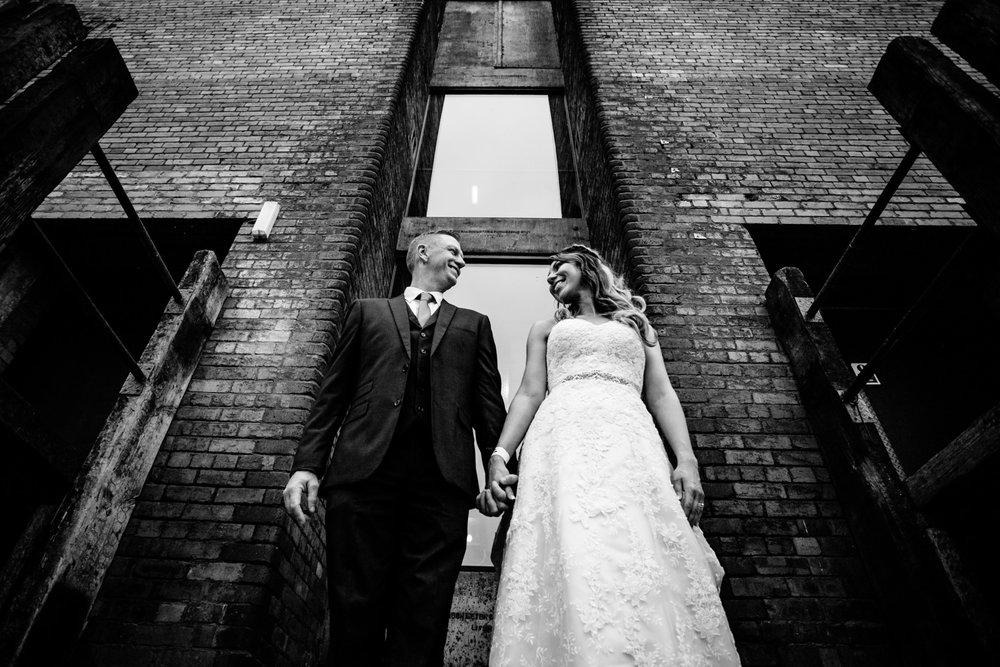 victoria-warehouse-wedding-photographer-082.jpg