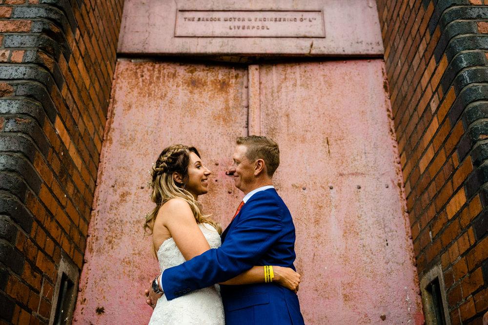 victoria-warehouse-wedding-photographer-084.jpg