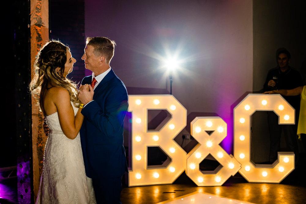 victoria-warehouse-wedding-photographer-092.jpg