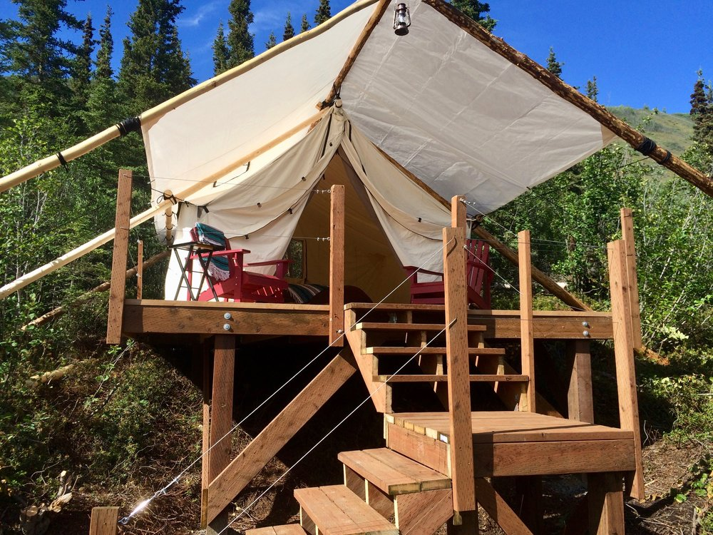 There isnu0027t electricity in the luxury tents but you can charge electronics at our common area. A short walk to the common area is where our secluded wood ... & Luxury Canvas Tents u2014 Alpenglow Luxury Camping