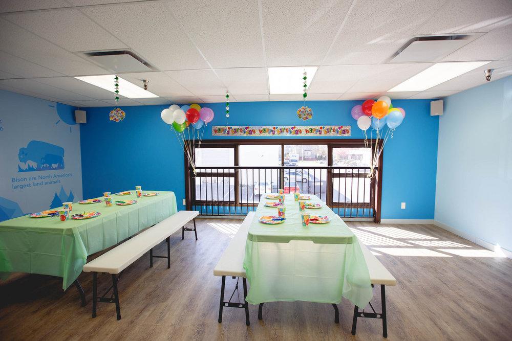 kidtropolis-party room.jpg