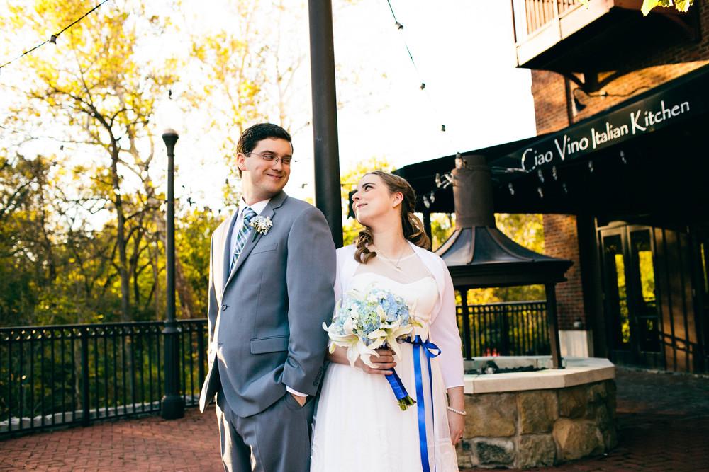 Ian and Gwen_10-18-15_Feikert Creative-98.jpg