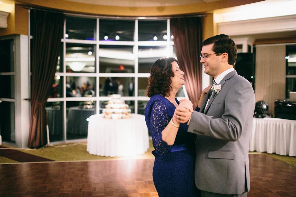 Ian and Gwen_10-18-15_Feikert Creative-188.jpg