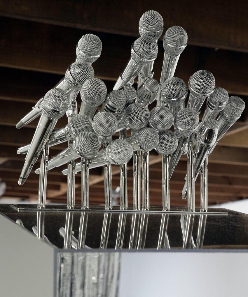 Kori Newkirk  Rank  Mirrored Acrylic 4' x 20' x 8'