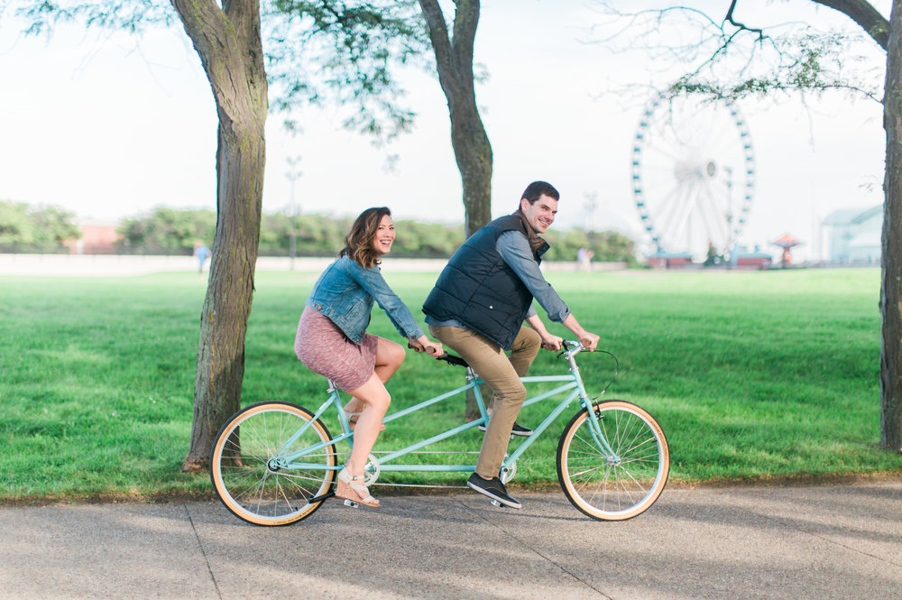 Bonphotage Chicago Engagement Photography - Milton Lee Olive Park