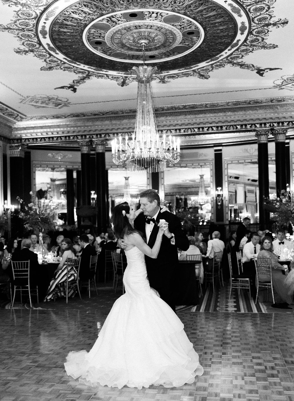 Bonphotage Chicago Wedding Photography Palmer House Hilton