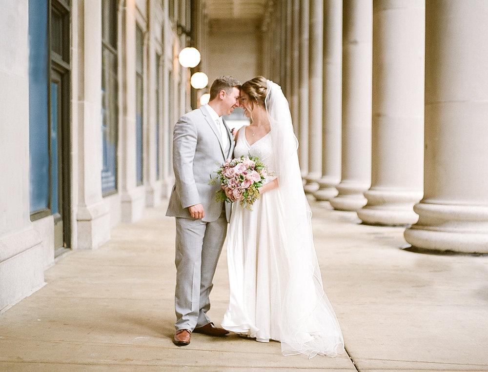 Chicago Wedding Photographer Cafe Brauer