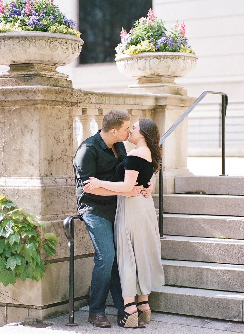 Bonphotage Chicago Fine Art Wedding Photography - Chicago Art Institute
