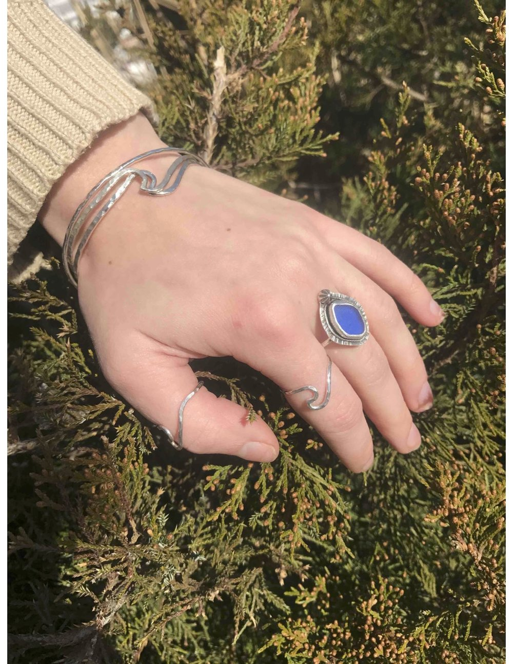 cobalt sea glass v ring 1.jpg