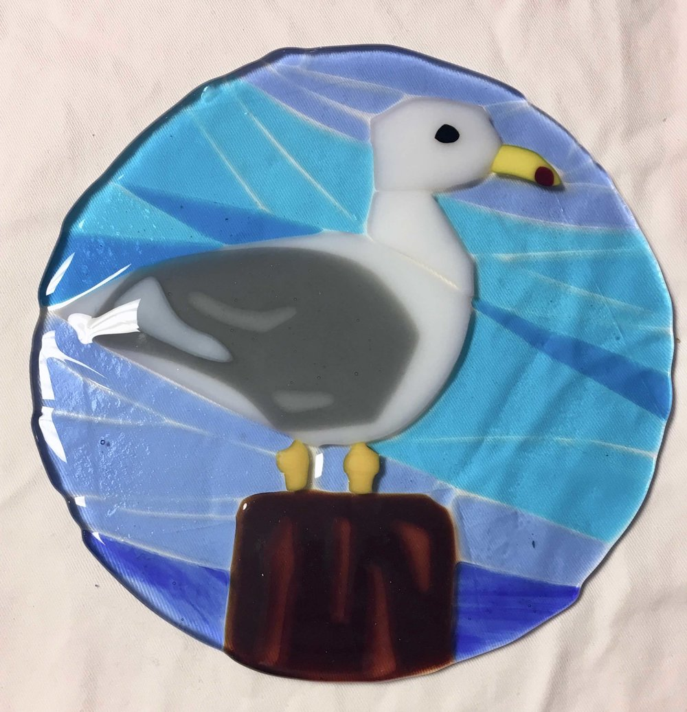 Fused Glass Lightcatchers - Sunshine and happiness will flow through your sun catcher and into your home like a warm summer sunrise. Class takes 1.5-2 hours.We offer two sizes: 8