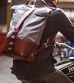moto-rucksack.jpg
