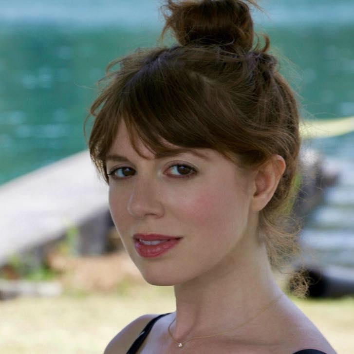 Lindsay Kaplan headshot.jpg
