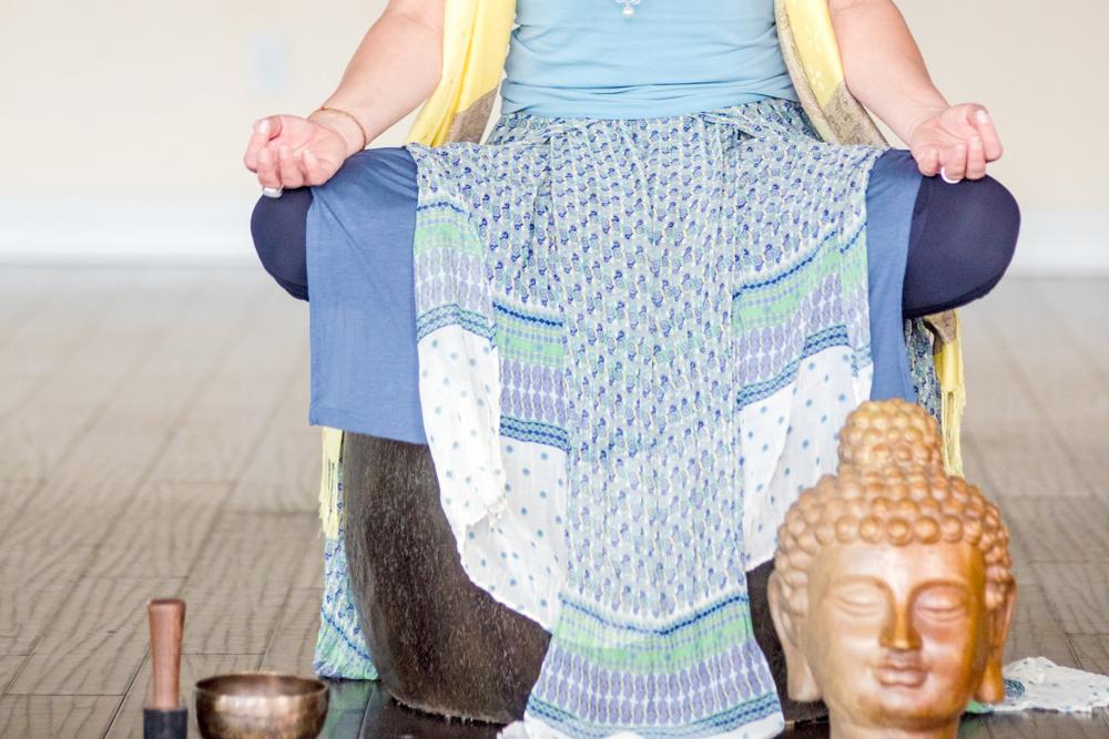 retreat-meditation-healingmariah.png