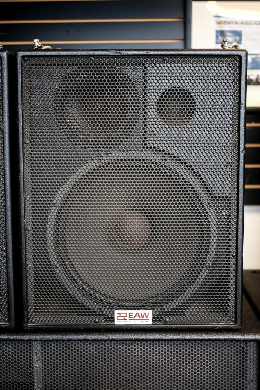 EAW DS-153HP Front 1.jpg