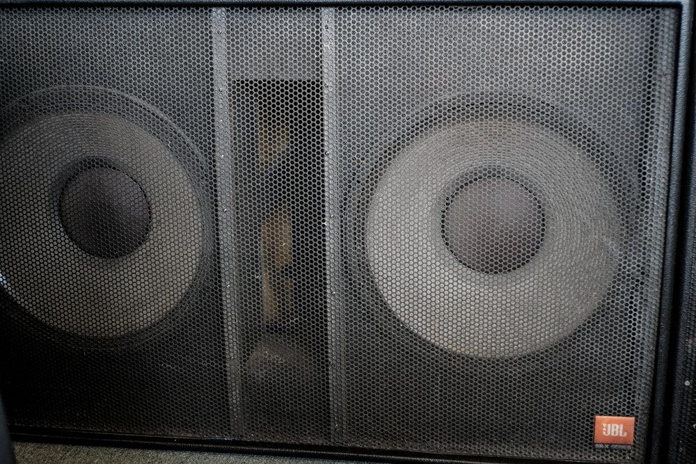JBL SR4719X Front 1.jpg