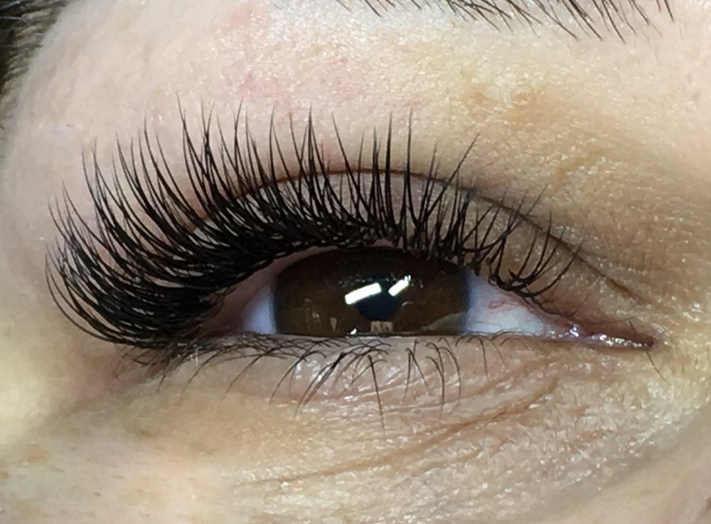What To Know Before You Get Eyelash Extensions Evolution Lash
