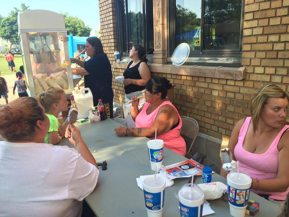 Parent Action Volunteers from Stocking Elementary making popcorn for National Night Out 2016