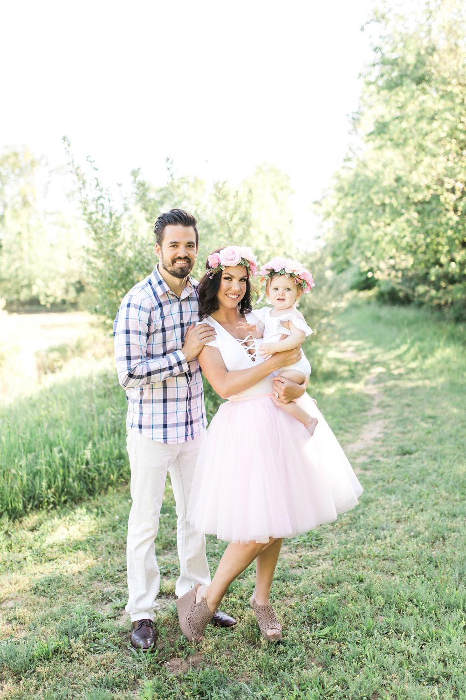 First Birthday Photos | Baby girl | Pink tutu | Cake Smash | Family Photos | What to Wear | Intersex Variation