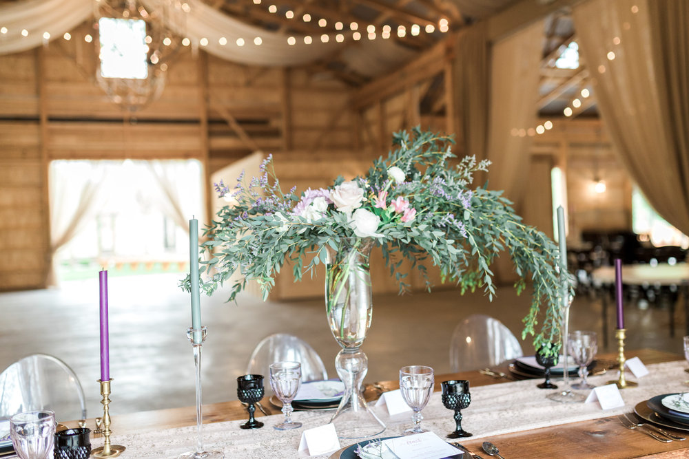 Styled Wedding Shoot at Gable Hill Barn | Elegant Chic Wedding | Laurenda Marie Photography | West Michigan Wedding Photographer