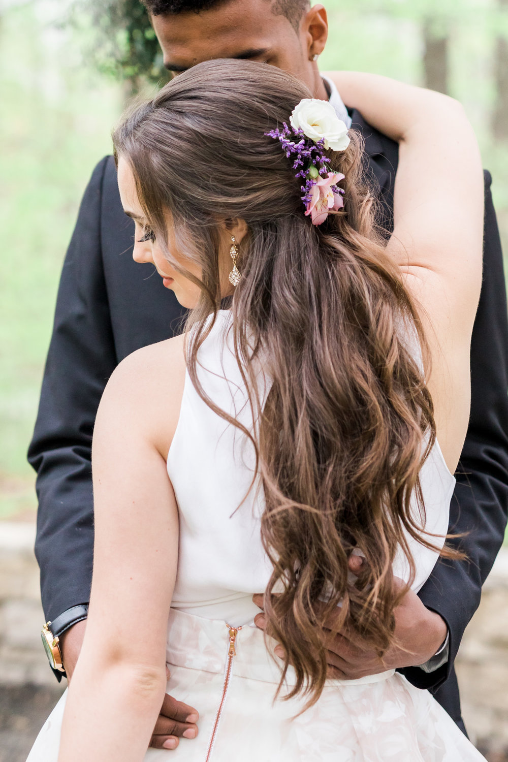 Styled Wedding Shoot at Gable Hill Barn | Elegant Chic Wedding | Laurenda Marie Photography | West Michigan Wedding Photographer |