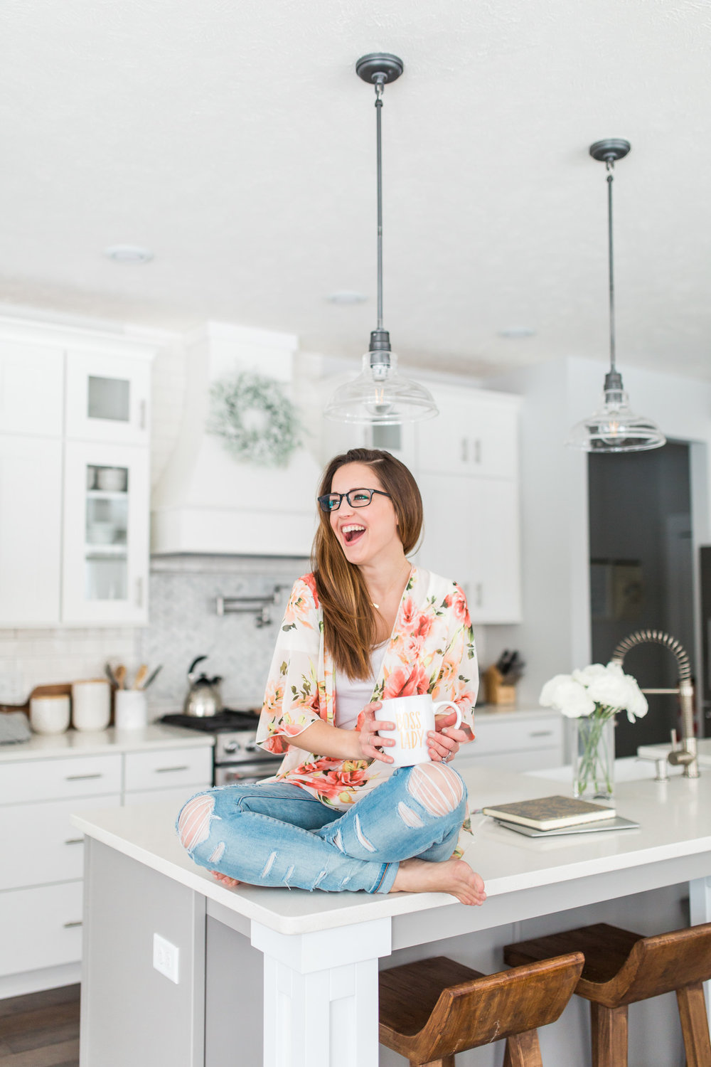 Lifestyle Branding Session for Creative Business Owners | In-Home Session | Natural Light Photography | Camera Settings | Laurenda Marie Photography | Grand Rapids, Michigan