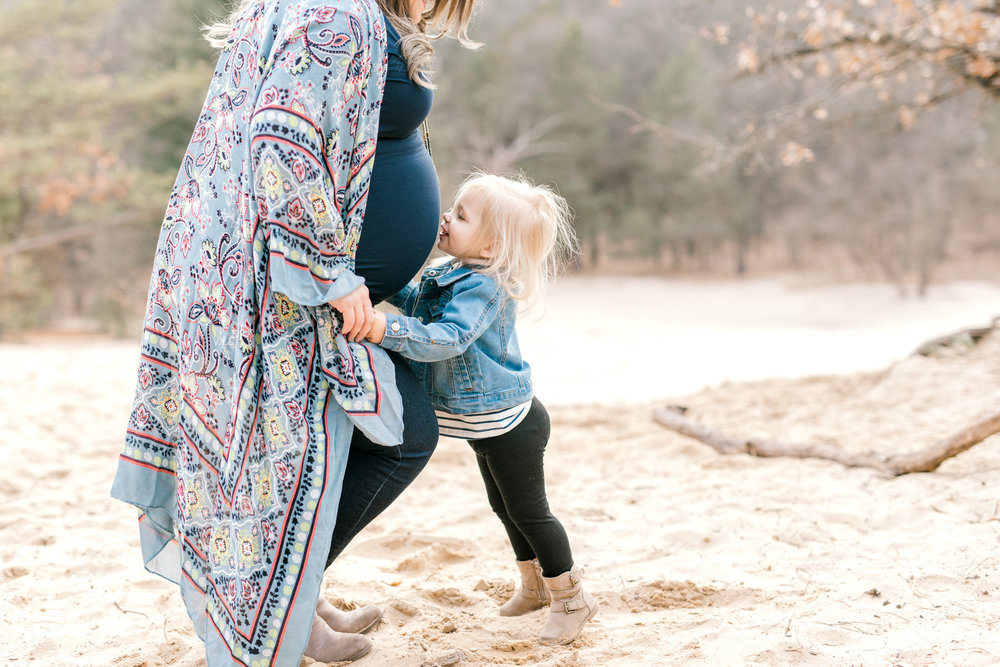 Beautiful outdoor lifestyle maternity session | Family of 4 Maternity | Spring Maternity Session | West Michigan Maternity Photographer | Laurenda Marie Photography