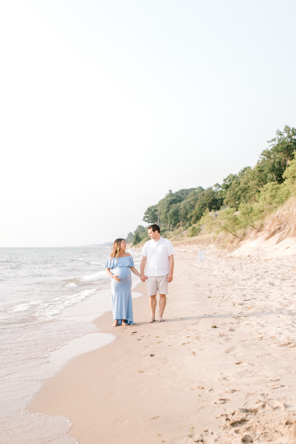 Baby Bump on the Beach | Jacques Family | Lake Michigan | Maternity Fashion | Laurenda Marie Photography