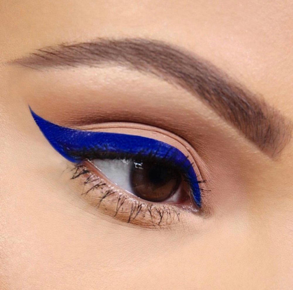 Rebel Eye Definer Liquid in Bonida Bandera