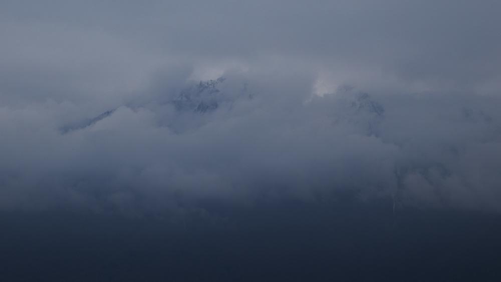 CloudyPeaks.jpg