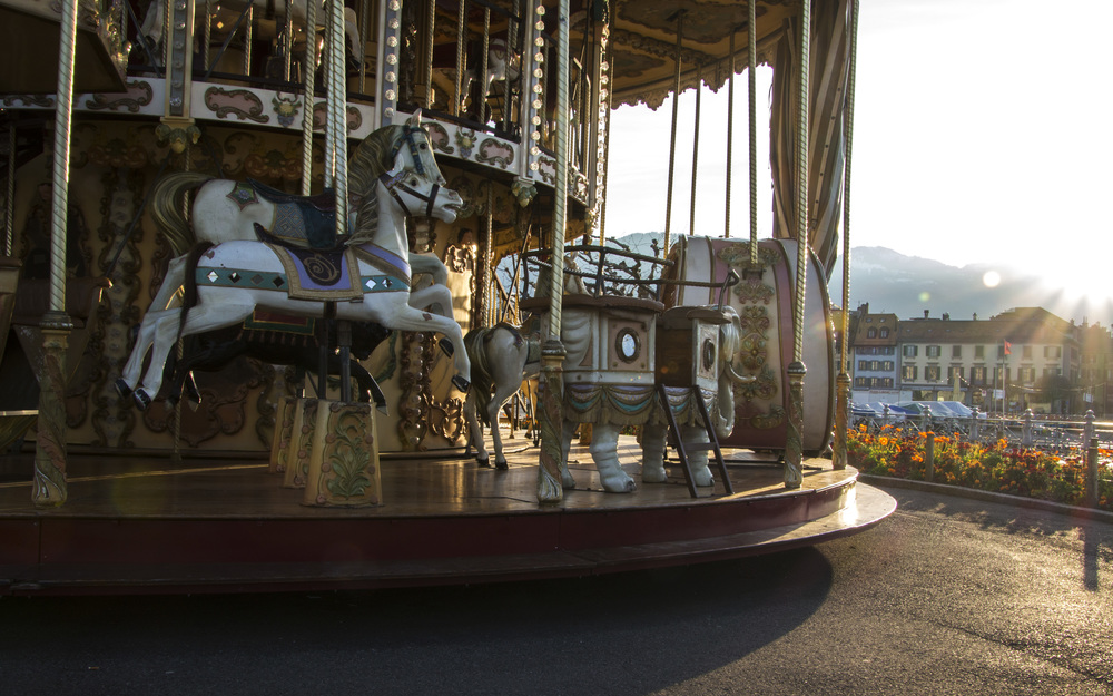 SwissCarousel.jpg