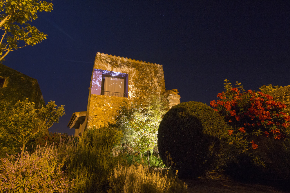 L'Emporda at night.jpg