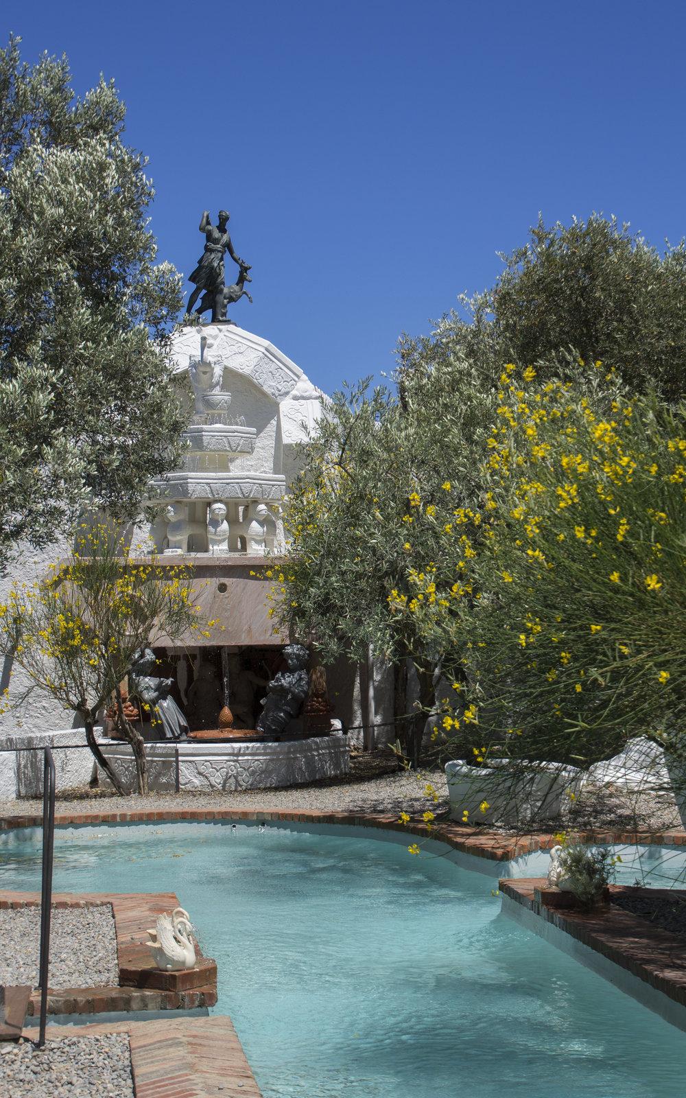 Dali House- pool.jpg