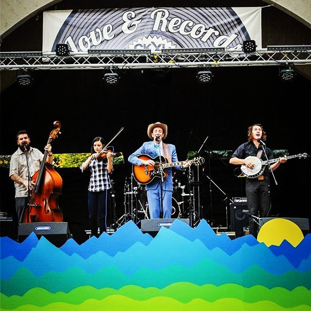 Listening to Boots and the Hoots on a fine Saturday morning thinking about #LoveAndRecords #CKXU #FoundItDowntown #yql #Lethbridge #musicfestival #recordfair