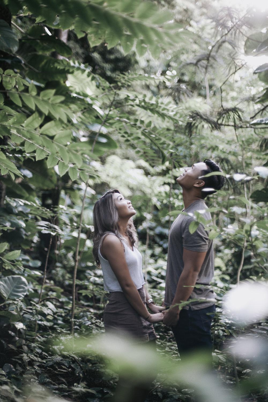 oahu hawaii engagement portrait photographer tantalus 6