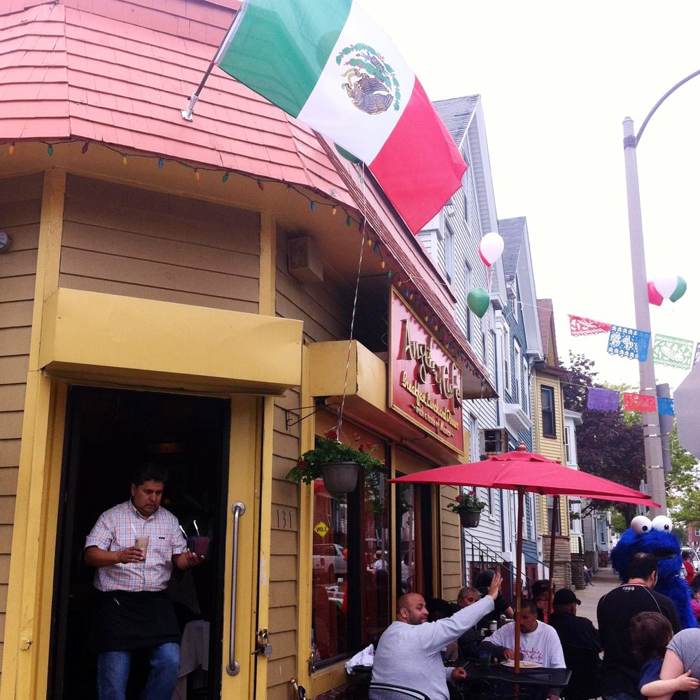 cinco-de-mayo-angelas-cafe